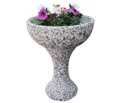 Характеристики бетонных цветочниц и особенности их изготовления